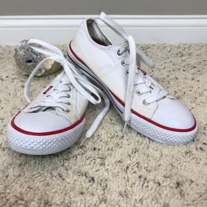 Women's Sz 8.5 Levis Canvas tie shoes